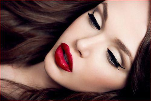 """""""Bí quyết"""" dưỡng và lựa chọn màu son cho những nàng môi thâm3"""