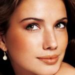 Da ngăm đen nên phun xăm môi màu gì là phù hợp nhất?