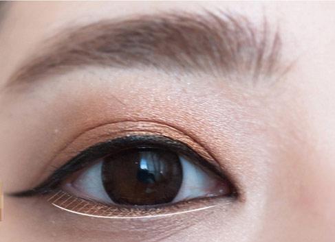 Xăm viền mi mắt đẹp quyến rũ chỉ trong vòng 60 phút thực hiện2