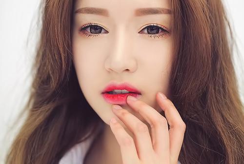 Hóa thiên thần xinh đẹp với son môi đỏ3