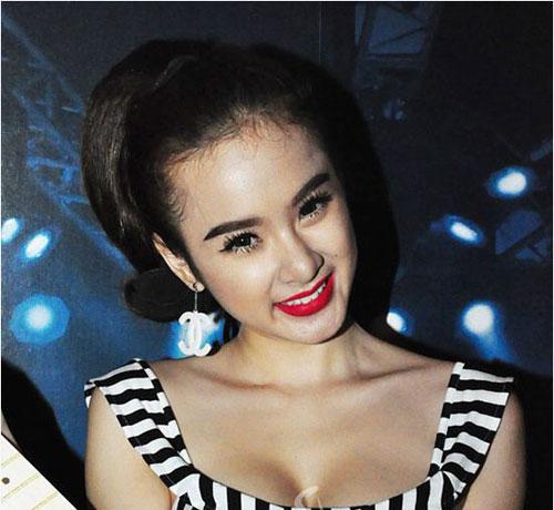 Những lỗi kẻ lông mày khiến fan khiếp vía của Sao Việt4