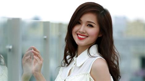 Top 3 mỹ nhân có đôi môi đẹp nhất nhì showbiz Việt1