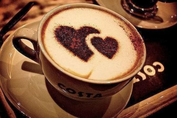 Cà phê có thể khiến môi của bạn bị thâm sỉn