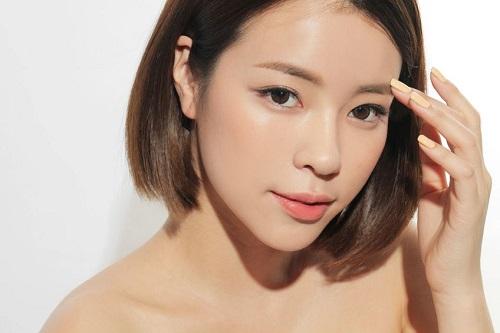 Sau điêu khắc lông mày công nghệ Hàn Quốc có phải kiêng khem gì không 2