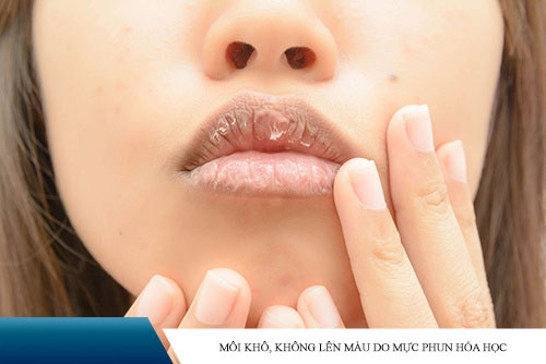 mực xăm môi có hại không